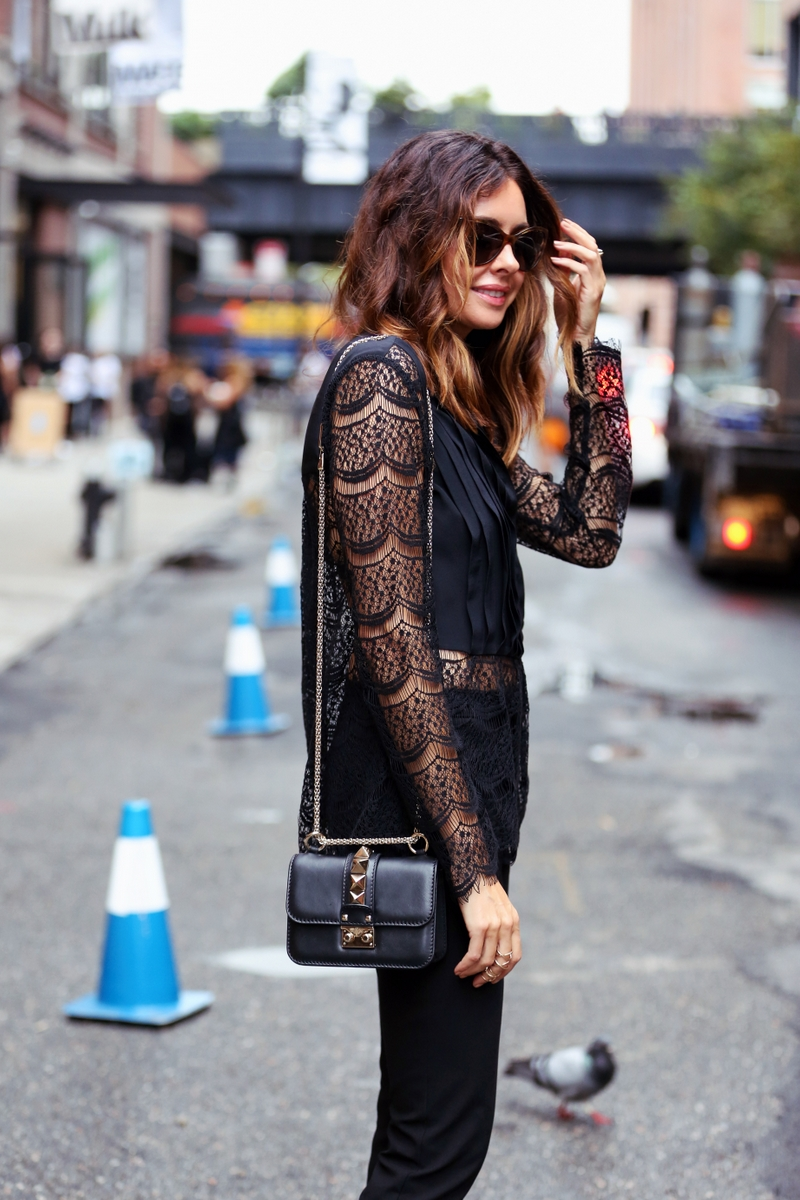 Lace top with Valentino Handbag