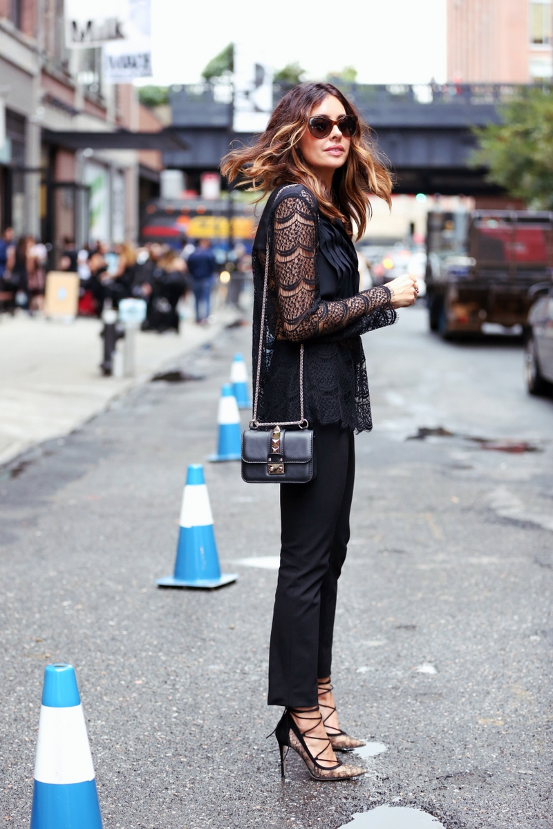 NYFW Street style all black outfit with lace top and shoes