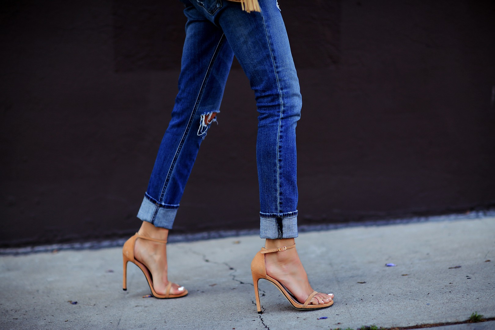 Style Of Shoes To Wear With Boyfriend Jeans Fashioned Chic