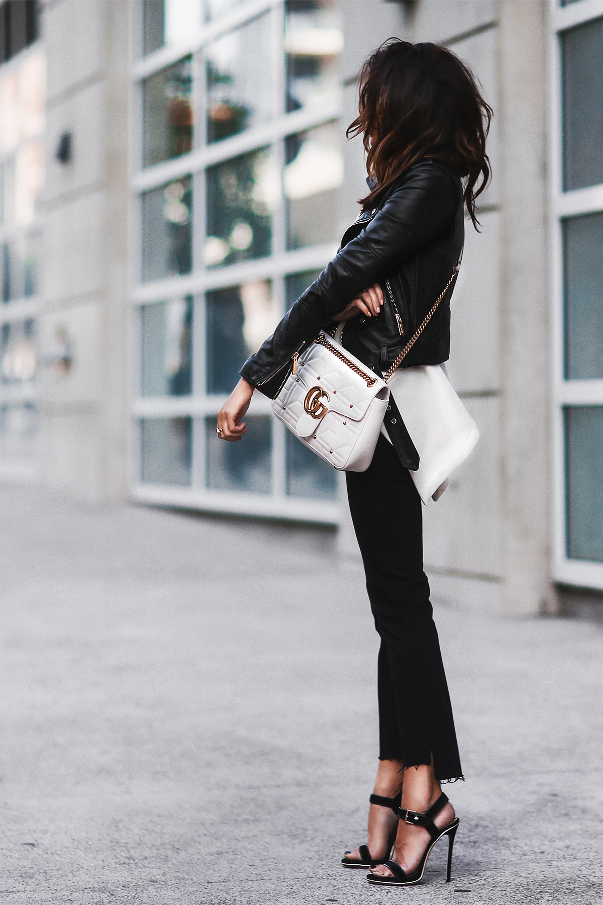 Monochrome Look