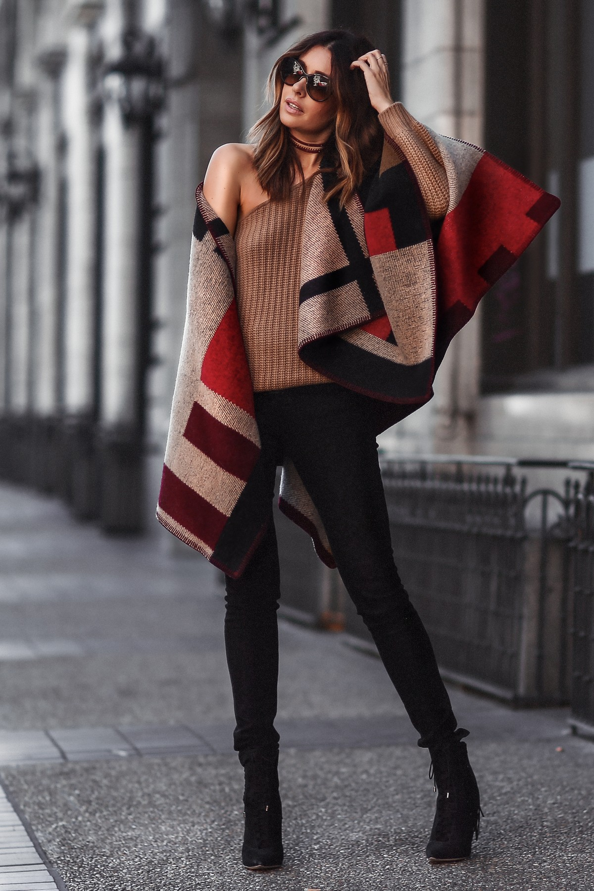 how to style burberry cape