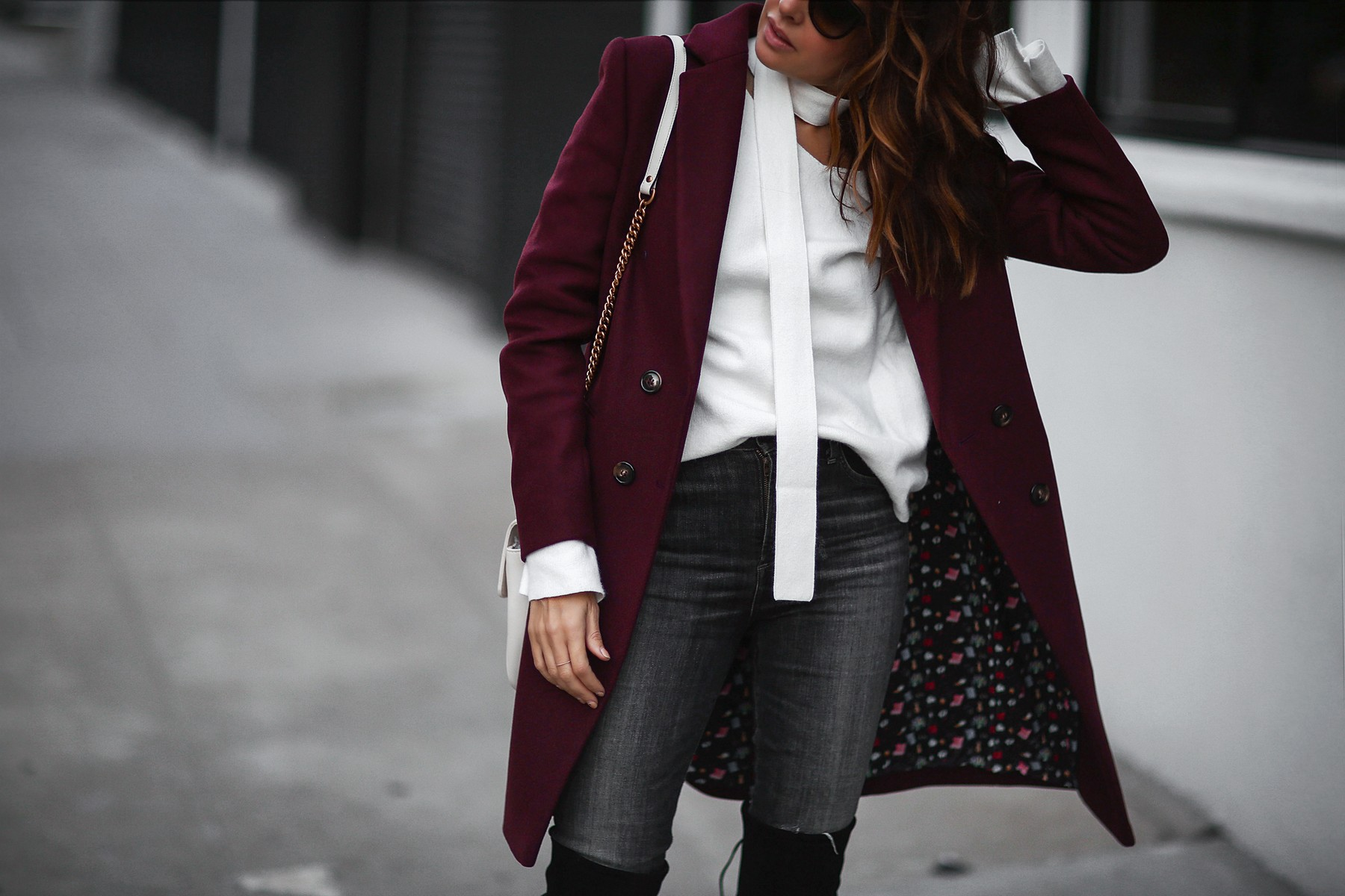 skinny scarf and trench coat