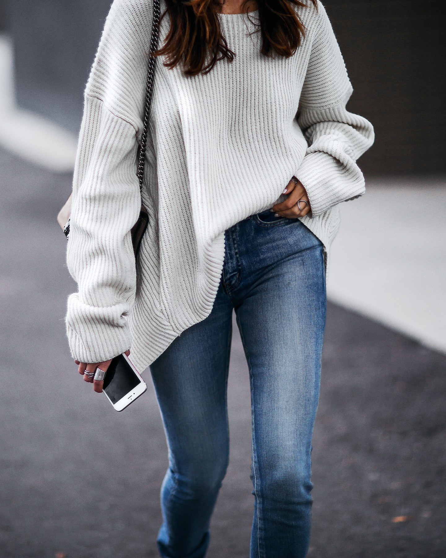 slouchy oversized sweater and skinny jeans