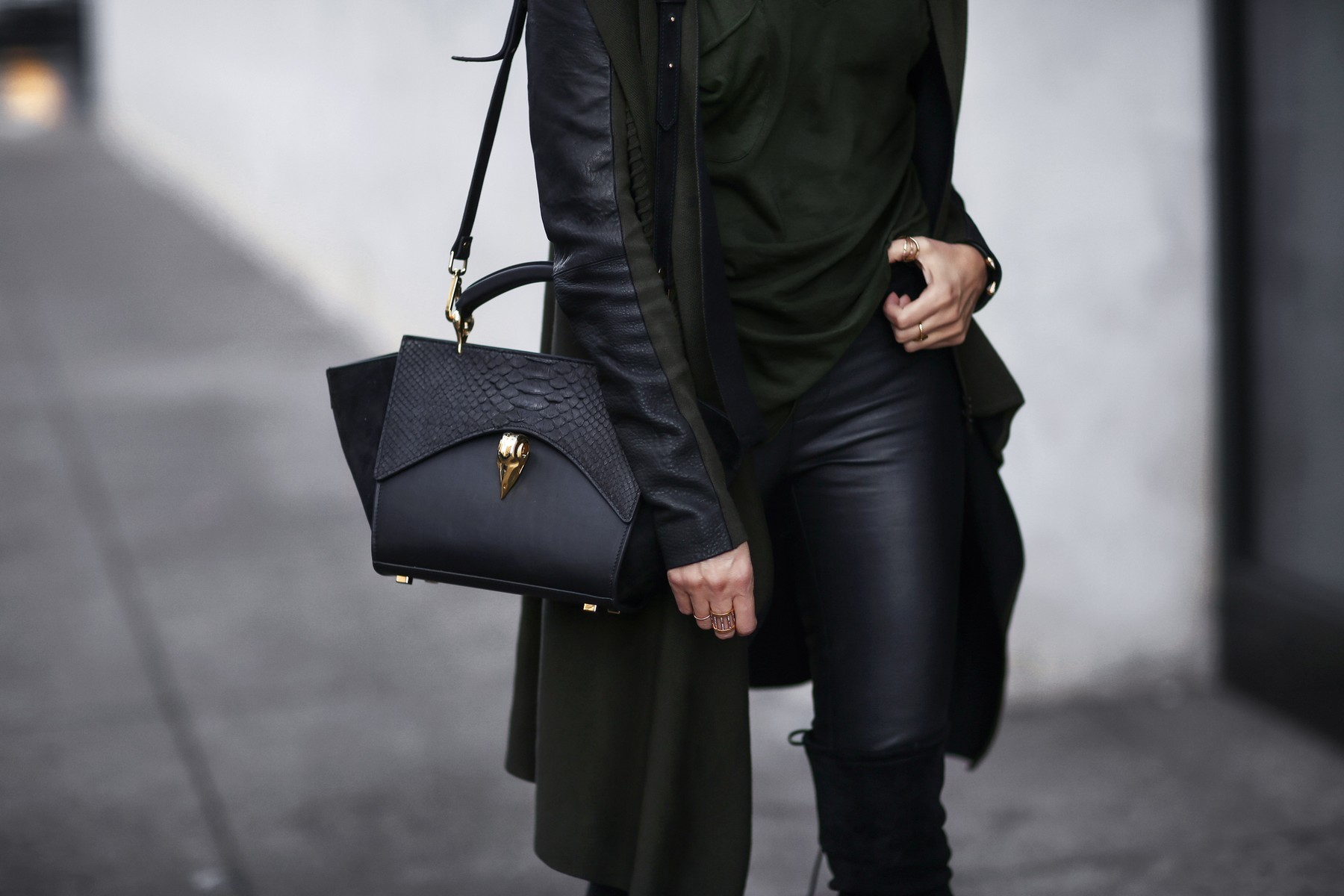 LYA LYA bag, cardigan with leather sleeves, leather pants, over the knee boots