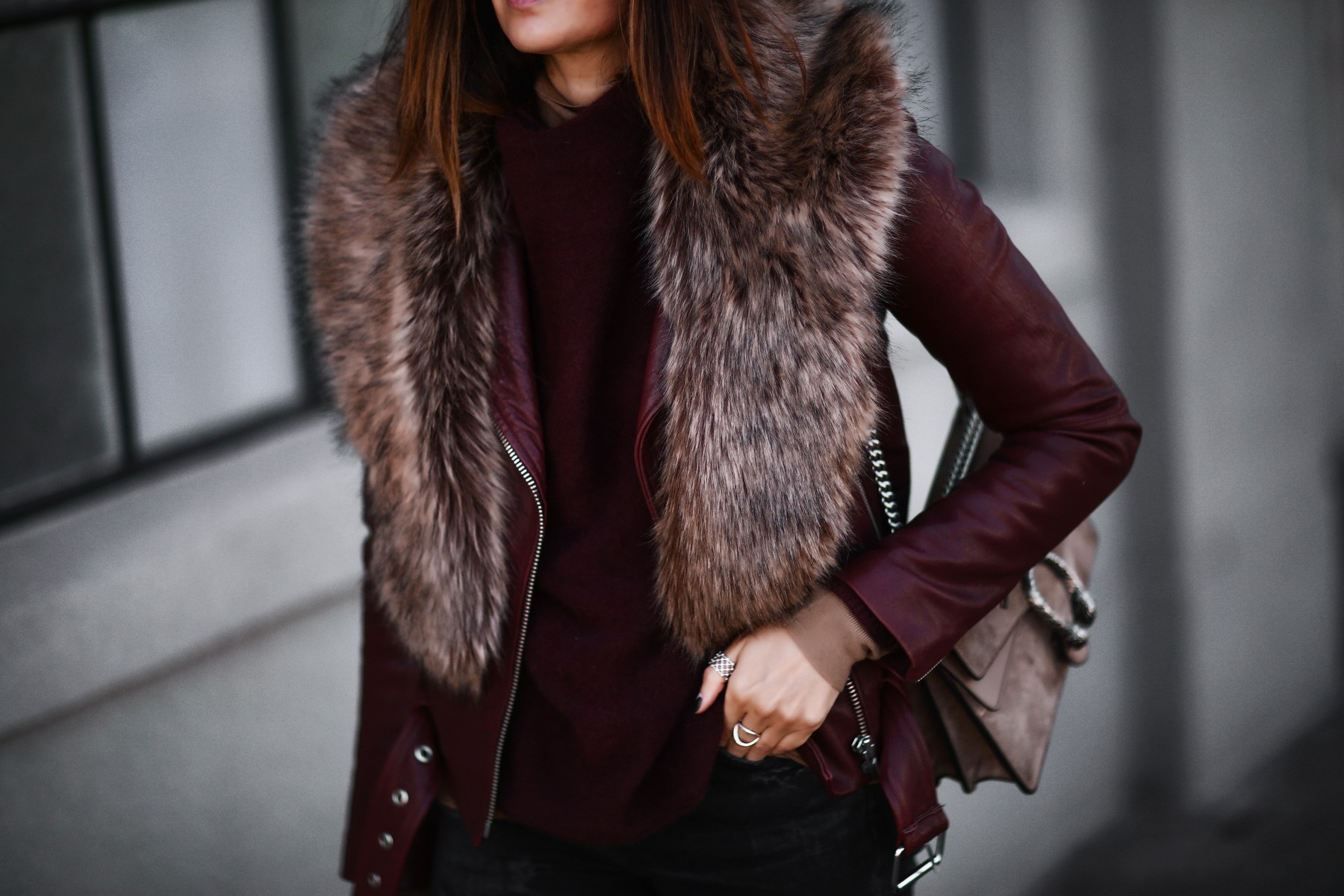leather jacket, faux fur stole