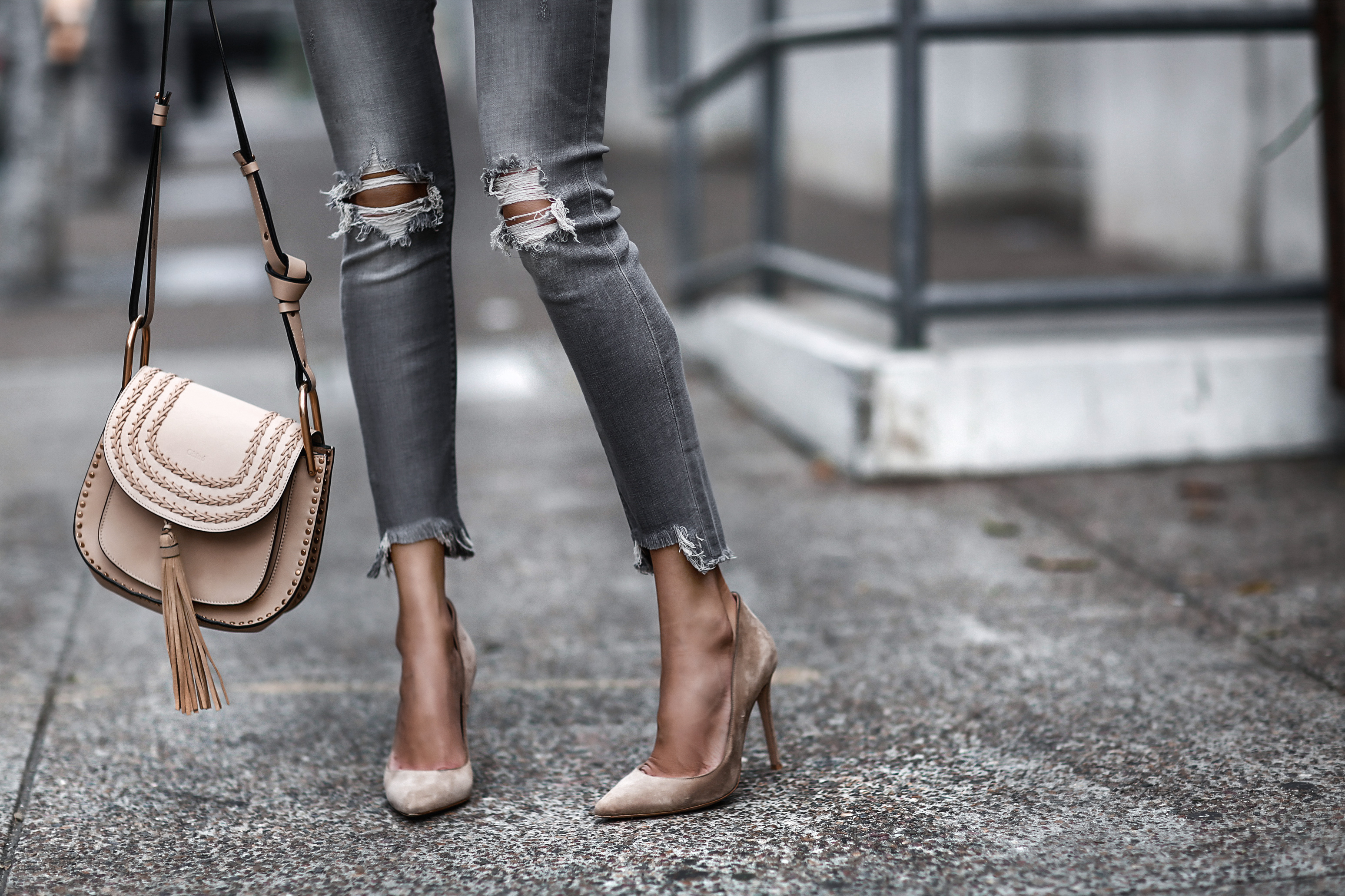 grey ripped skinny jeans, nude suede pumps, chloe bag