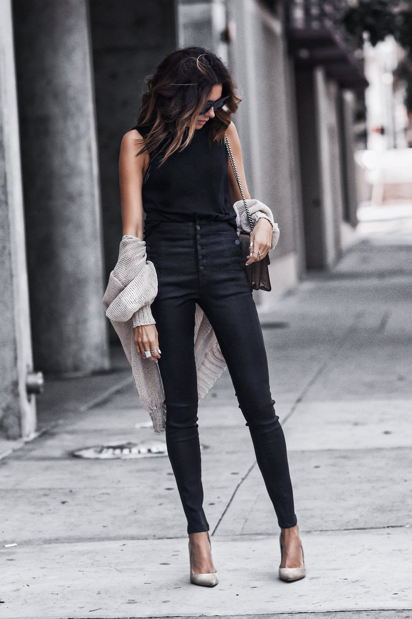 high waisted coated denim, lightweight cardigan, cut out black tank, tan suede pumps