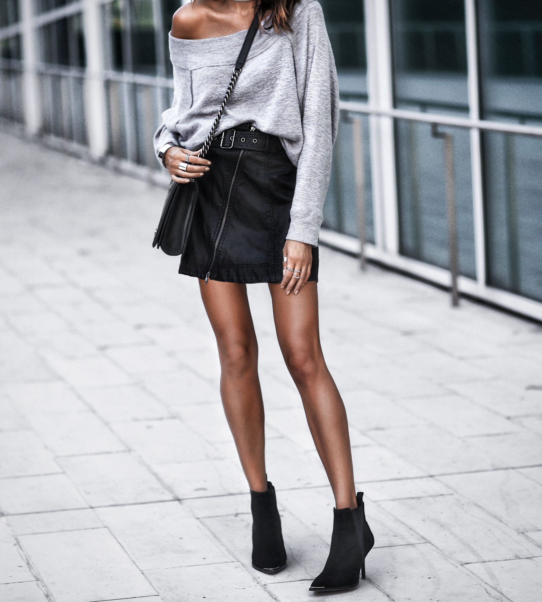 how to style mini skirt
